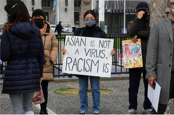 zdroj: https://www.nytimes.com/2021/03/02/opinion/letters/hate-crimes-asian-americans.html